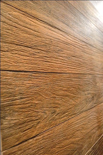 Porcelanato que imita madeira - Portinari