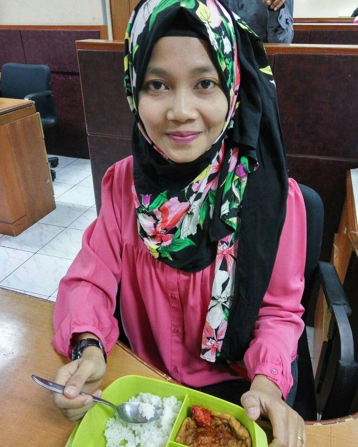 #ratunrayon #hijabers #jilbabers #limitededition #bestari_hijab