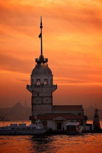 The Maiden's Tower (Kız Kulesi), Bosphorus,  Istanbul, Turkey