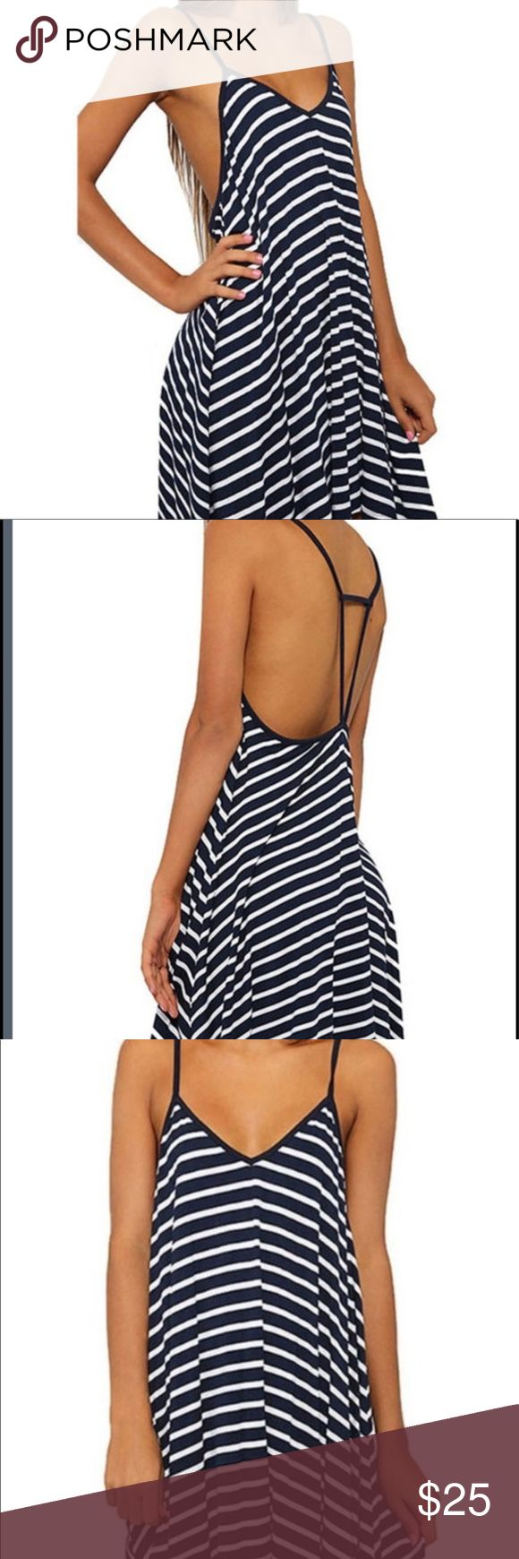 """Summer Beach Dress NWT This is an easy knit slipover  dress in XL. Black and white stripes. Slip it on over a bathing suit , so soft you could sleep in it, or just wear around the house. It's 31"""" from shoulder to hem.🎀🎀 Boutique Dresses Mini"""