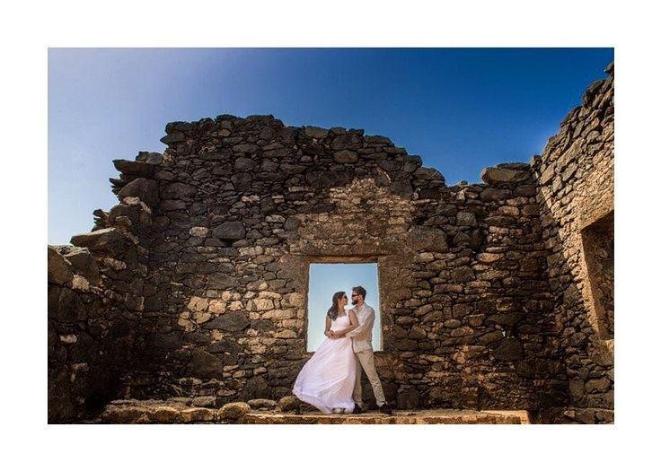 Boda Tati Delgado & Oswaldo Nobile  Christian Sáenz (@csphotovideo) • Fotos y vídeos de Instagram    #fotografodebodas  #weddingaruba  #bodasaruba  #tatito  #trashthedress  #aruba  #ruinasminasdeoro