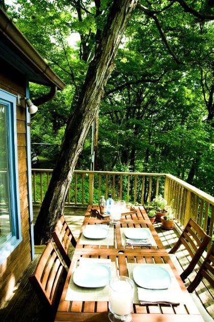 casa de veraneio em Catskill, a mesa de jantar - usada, principalmente, para o café da manhã ao ar livre