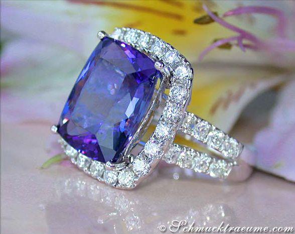 gorgeous tanzanite in diamond ring -  Tansanit Brillanten Ring, Weißgold 750