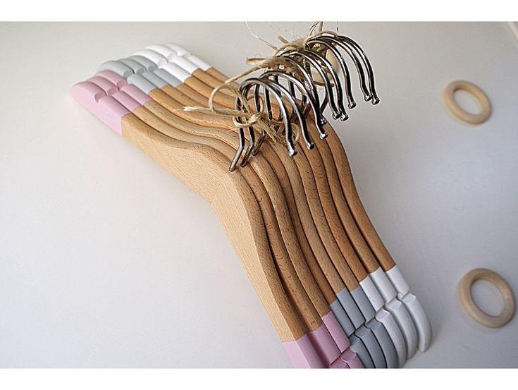 Childrens Hangers || Painted Kids Storage Hanger || Small Pastel hanging wooden Hangers || Mini Wood Holders