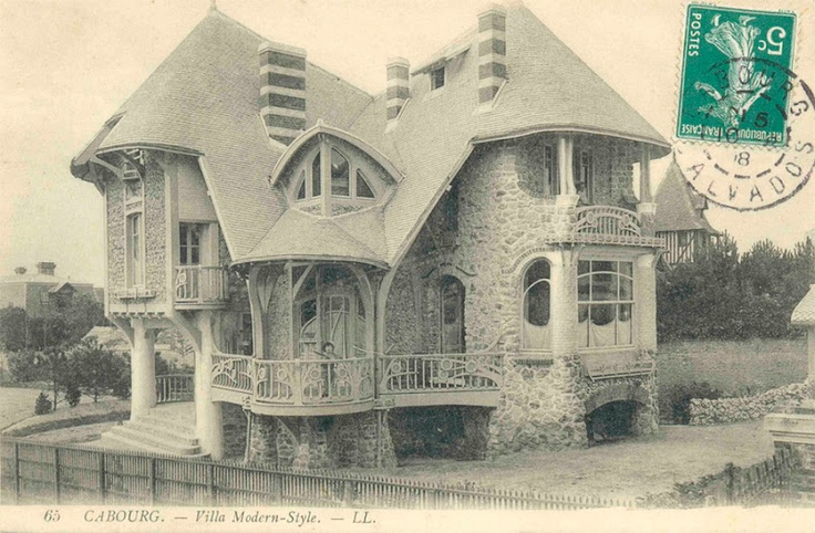 Art Nouveau Cottage, France by Hector Guimard. That is kinda cool!