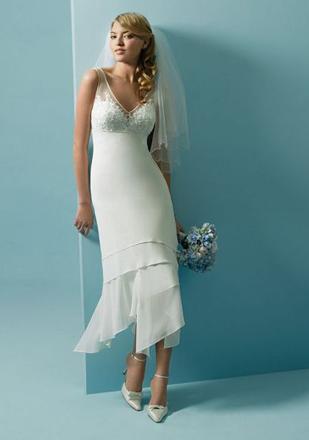 The 8 best Simple but Stunning Wedding Dresses images on Pinterest ...