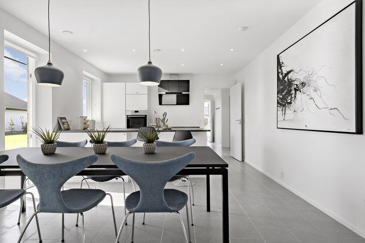 Køkken/alrum i lækkert udstillingshus fra eurodan-huse
