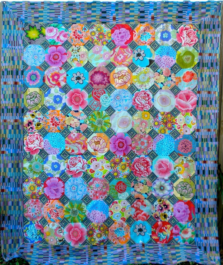 Kaffe Fassett 2010 workshop: snowball quilt top by Julie at La Todera