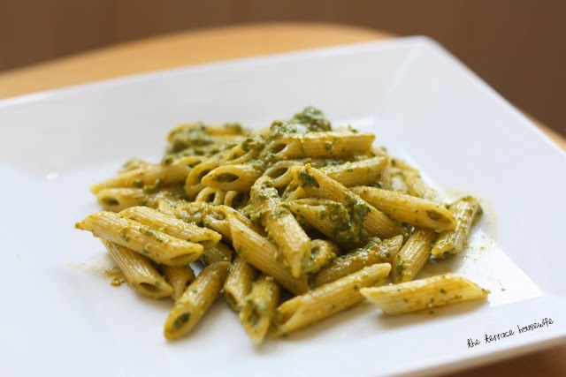 Spinach & Roasted Red Bell Pepper Pesto | Food and recipes | Pinterest