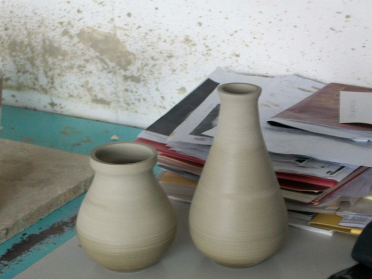 Vasi in fase di essiccatura