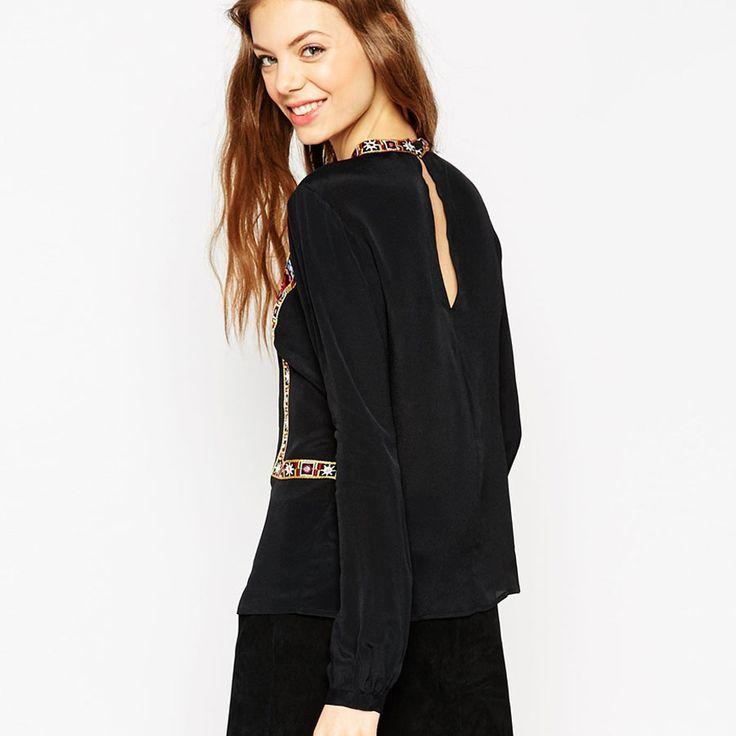 женщины черная блузка высоким горлом Урожай цветочной вышивкой Топ старинные с длинным рукавом Femininas Европейский случайные 2016 Новый Массимо  http://ali.pub/ahp20