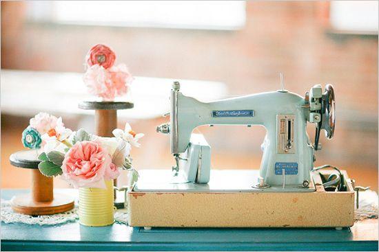 vintage sewing machine decoration