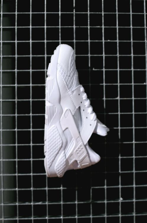 Nike Air Huarache White On Feet