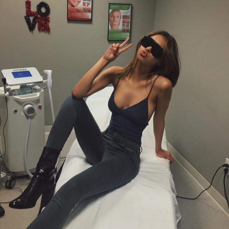 """Naressa Valdez on Instagram: """"Love coming to @premiersurgerycentre to get my laser hair removal treatments. I always feel so comfortable & it's so fast ☺️"""""""