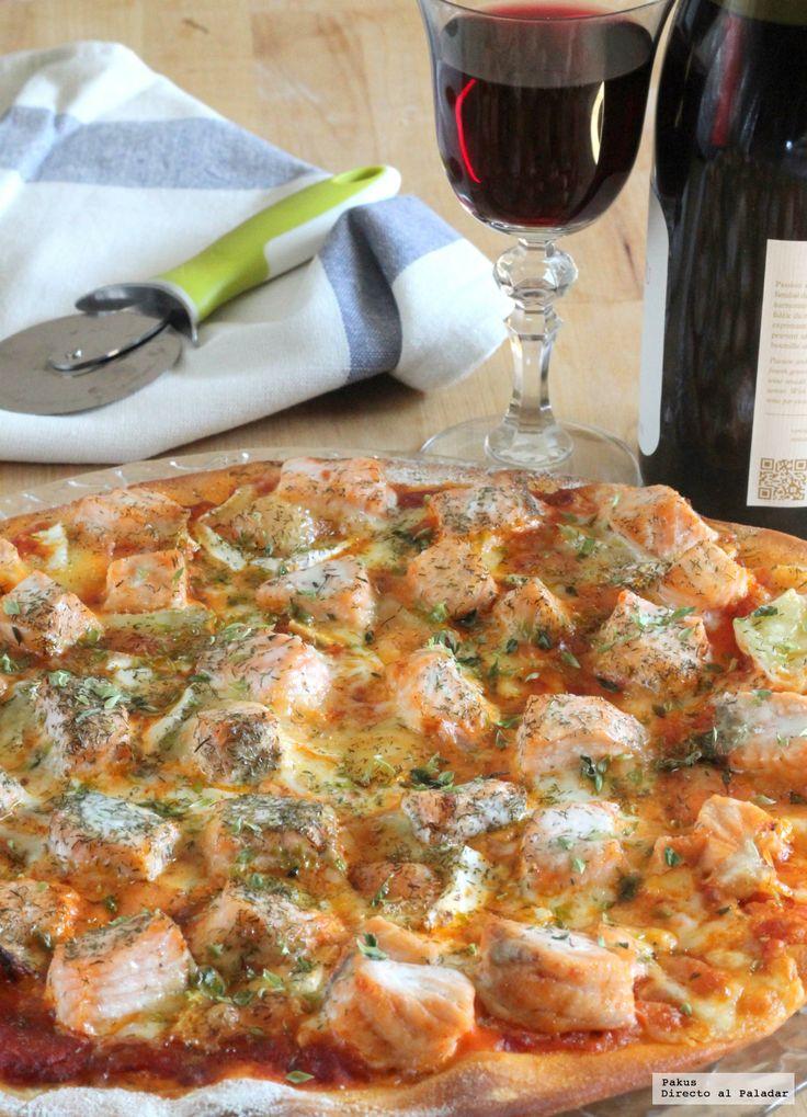 Cómo hacer una masa de pizza casera, receta explicada con fotos paso a paso y también en vídeo para que hacer la masa de la pizza esté al alcance de todos