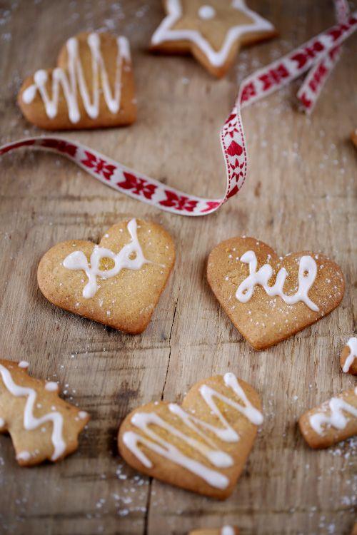 pepperkaker Petits sablés de noël suédois  #julbord #swedishchristmas #danischristmas #godjul #jul #nordicjul #pepperkakor #pepperkaker