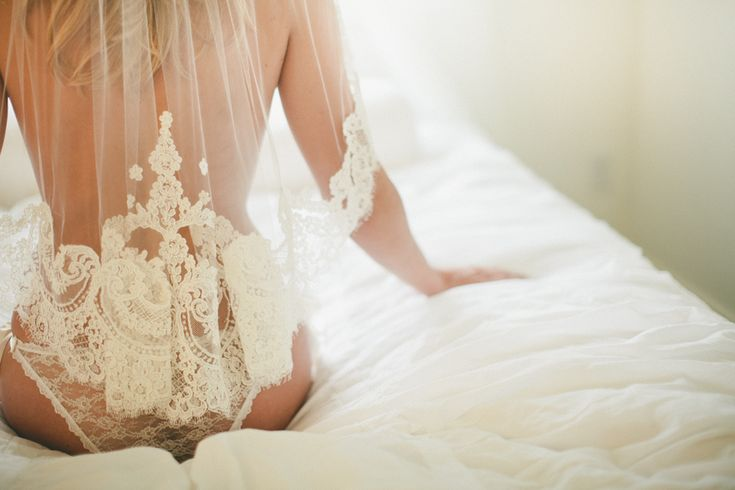 INSPO:: Seven Sexy Reasons to do a Boudoir Photoshoot