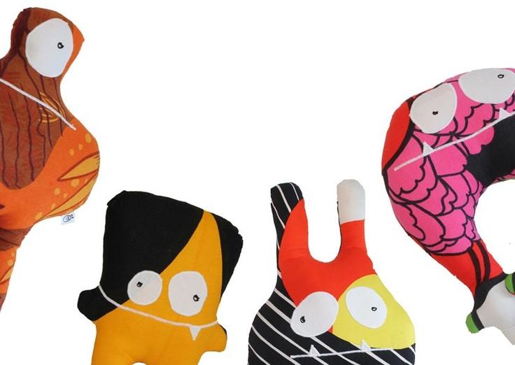 Örkit - kierrätysmateriaalista valmistetut pehmot, avaimenperät, penaalit yms.