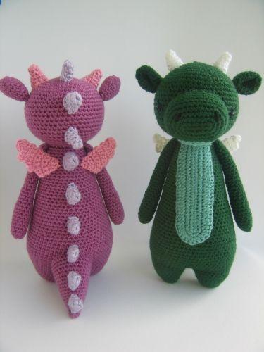 Tall Dragon with Spikes amigurumi crochet pattern by Little Bear Crochet