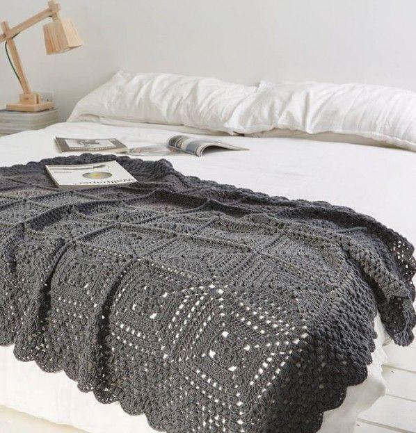 Simply Crochet Blanket | Crejjtion #crochet #blanket #monochrome