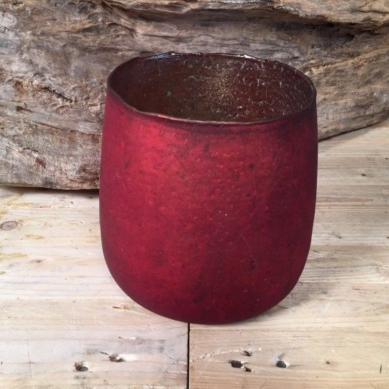 Κόκκινη Vintage Γυάλα http://nedashop.gr/anthopoleio/kaspo-syntheseis/kokkinh-vintage-gyala