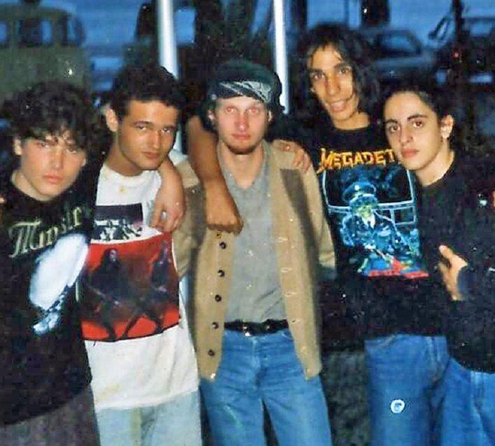 Layne Staley W Fans During Hollywood Rock Festival Brasil 1993