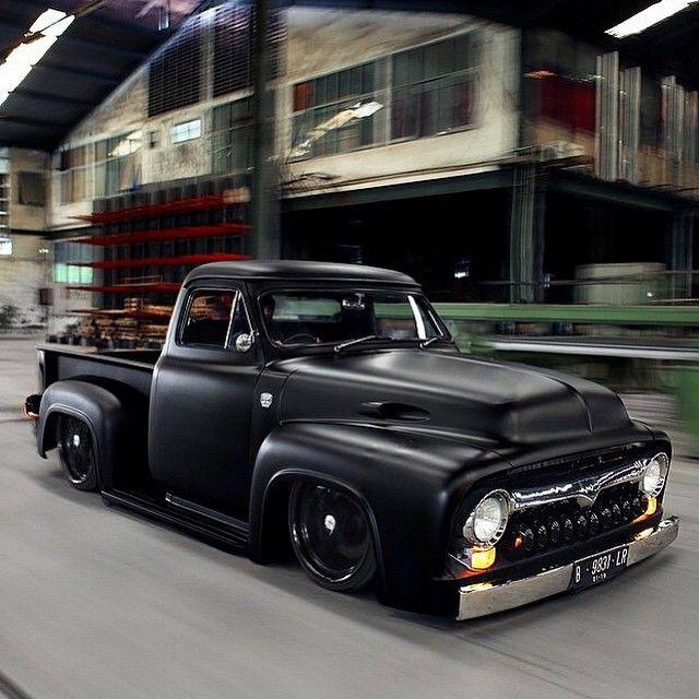 Old School Carz N' Trucks