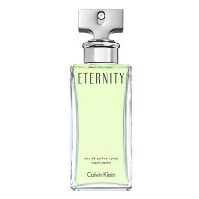 Otro perfume con toques florales a clavel y jazmín es este Eternity.