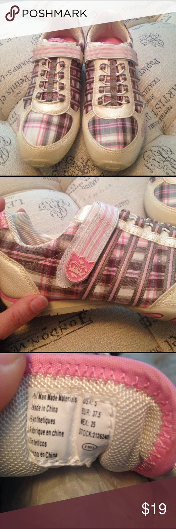 Rocket Dog plaid pink sneaked size 5 Brand New never worn Rocket Dog pink plaid sneakers size 5 girls Rocket Dog Shoes Sneakers