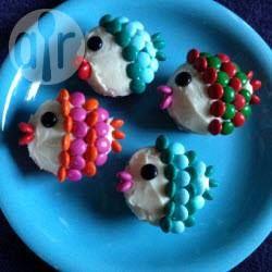 Muffins als Fisch verzieren, Cupcakes, Arielle, Fisch Cupcakes, fischmuffins, Kindergeburtstag, Aquarium @ de.allrecipes.com