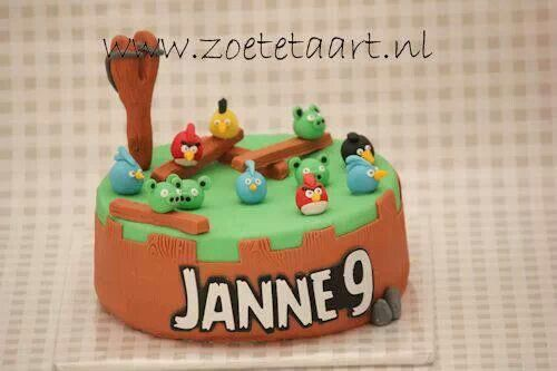 Angry birds cake taart