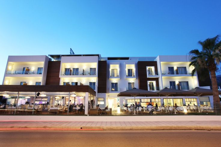 """Elite City Resort at Kalamata, presents the """"EΥ ZHN"""" Restaurant that manages to combine the flavor with elegance and luxury."""