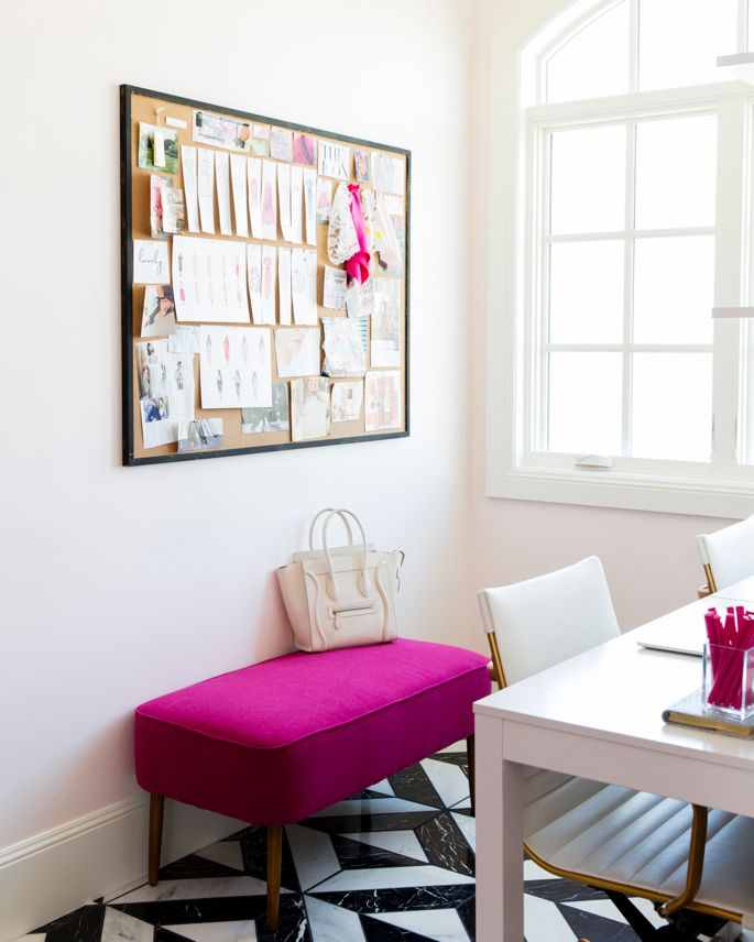 21 Feminine Home Office Designs Decorating Ideas: Best 25+ Feminine Office Decor Ideas On Pinterest