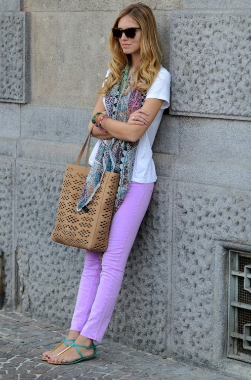 Cutest everyday outfit ever! Just love the lavender pants. It all goes together so well!
