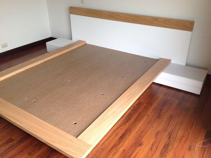 diseño y fabricación de cama moderna en roble europeo y poliuretano blanco semi mate