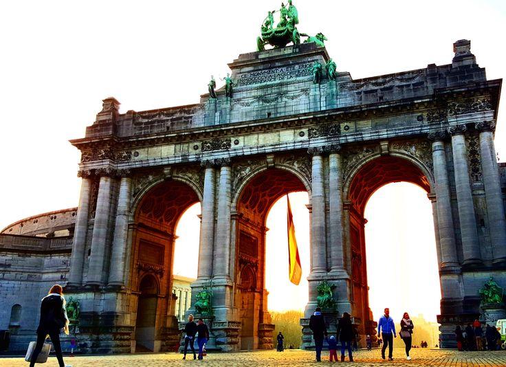 #parcducinquantenaire #sunset #brussels #bruxelles #belgium