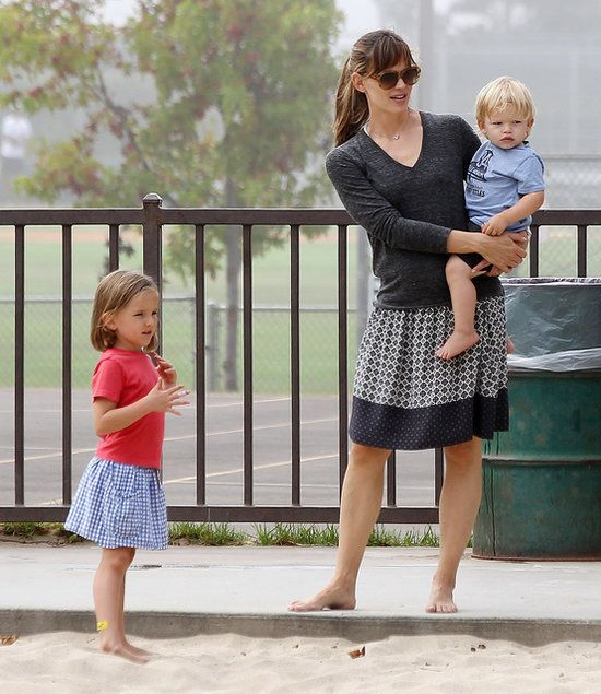 Jennifer Garner Is No Work and All Play For Labor Day: . : Jennifer Garner held little Samuel while little Seraphina stood by.