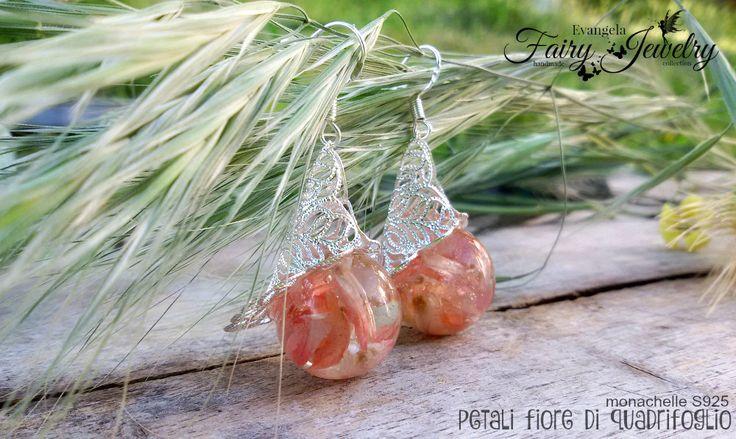 Orecchini petali fiore quadrifoglio resina gioielli botanici, by Evangela Fairy Jewelry, 16,00 € su misshobby.com