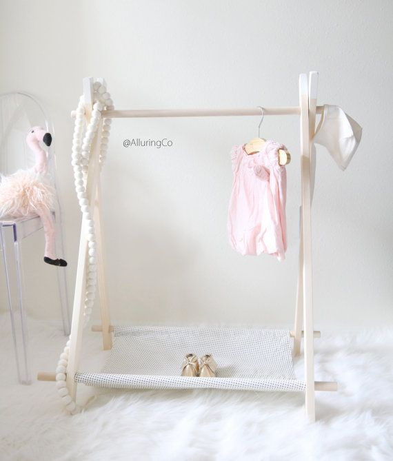 Diy Child Clothes Rack: 1000+ Ideas About Wooden Clothes Rack On Pinterest