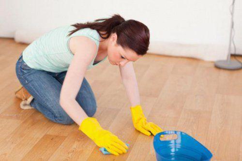 Cómo limpiar y abrillantar la madera con productos caseros - Mejor con Salud…