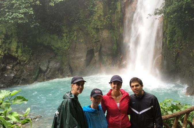 Rio Celeste Day Tour from San Jose Enjoy an amazing day relaxing and visiting Rio Celeste. Rio Celeste is a beautiful river that because of its optical illusion it looks turquoise the color of the river. The national park is located approximately 3 hours and 30 minutes away from San José.Youwill be departing from San José around 5am and beback at around 7pm.The tour willbegin by picking you up from your hotel located in San Jose area around 5am. From there thejourney will...