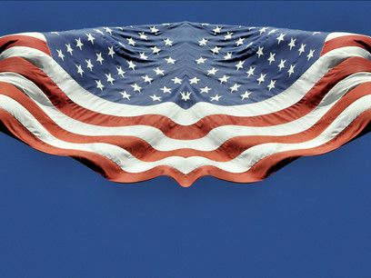 Stefano Cagol, There is no flag large enough (Stars & Stripes), 2002-2010. Video HD, 6 min. (loop). Light box su duratrans, 50 x 140 cm International Studio & Curatorial Program (ISCP), New York. Courtesy l'artista