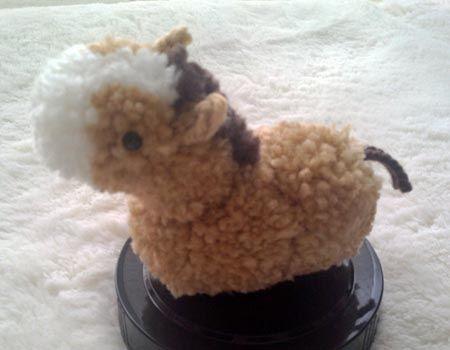 毛糸のボンボン「馬」のぽんぐるみの作り方 その他 ぬいぐるみ・人形