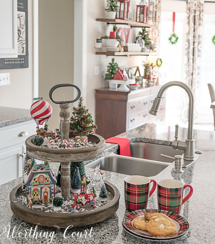 Kitchen Decorated For Christmas: 25+ Unique Christmas Kitchen Decorations Ideas On