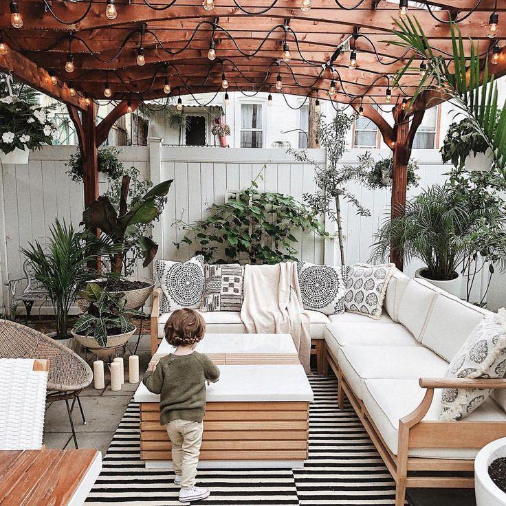 33+ Patio-Ideen für den Außenbereich, die Sie diesen Sommer ausprobieren sollten
