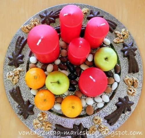 @vontagzutagmari Tischdeko für Advent und Weihnachten. Auch für den roten Nikolotisch. Apfel, Nuss und Mandelkern...  http://vontagzutag-mariesblog.blogspot.com