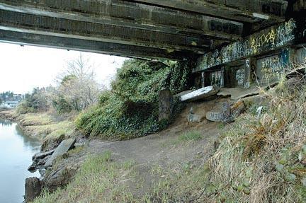 Kurt Cobain's bridge, Aberdeen, Washington