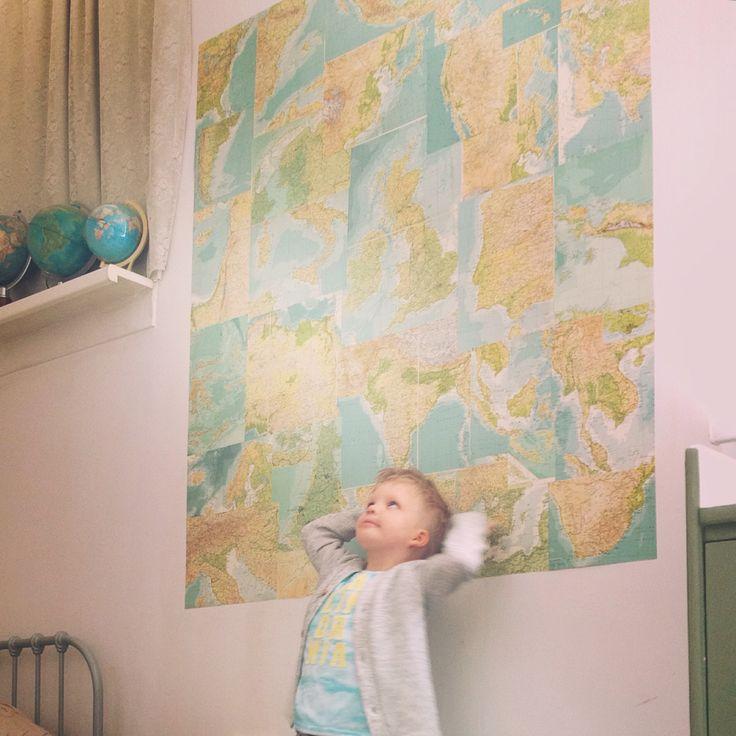 Wallpaper made of vintage maps in my boy's room. #wallpaper #inspiration #bluebirdsinthebackyard