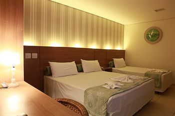 For a touch of escapism away from the Arena Pantanal, try the Amazon Plaza Hotel.