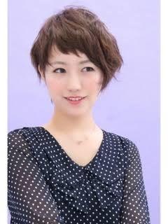 アシメって、男の子だけの髪型だと思ってませんか??レディースのヘアスタイルでもかわいいアシメの髪形はたくさんあるんですよ!今回は、レディースのかわいい アシメ